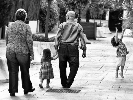 Reclamación de régimen de visitas y comunicación de abuelos con sus nietos
