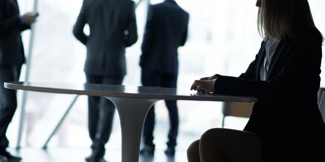 La entrada y registro en despachos de abogados