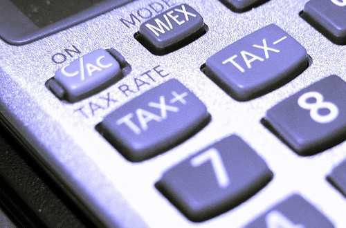 En el Impuesto sobre sociedades se eleva al 21 % el ingreso a cuenta en los ejercicios 2012 a 2014
