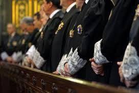 Los secretarios judiciales piden resolver ellos mismos los expedientes sobre la persona