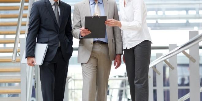 Se conceden ayudas a trabajadores afectados por restructuración de empresas