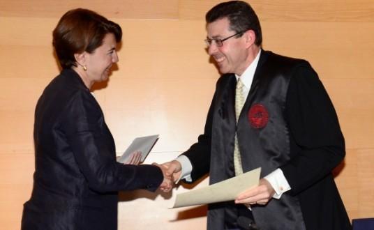 El catedrático de derecho civil de la UIB, Pedro A. Munar, recibe el XI premio Luis Pascual González que otorga la Academia de Jurisprudencia y Legislación de Baleares