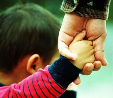 Obligaciones derivadas de la relación paterno-filial