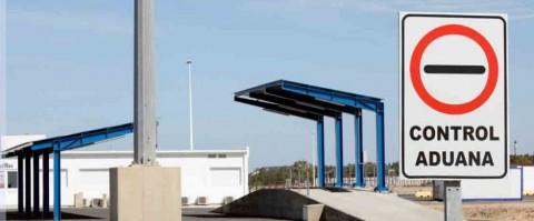Se modifica el derecho a efectuar declaraciones en aduana y la figura del representante aduanero