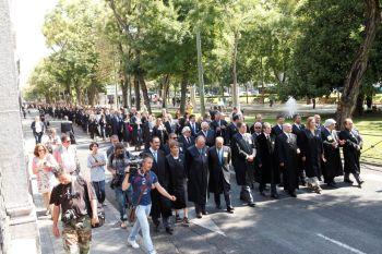 83 Colegios de Abogados de España salen a la calle en contra de la Ley de Justicia Gratuita