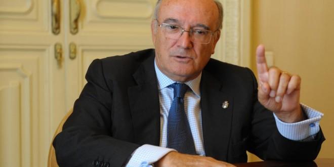 Carlos Carnicer reclama al presidente del Gobierno un diálogo concreto, urgente y sincero sobre la Ley de Justicia Gratuita