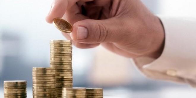 Se conceden suplementos de crédito y créditos extraordinarios para varios Ministerios