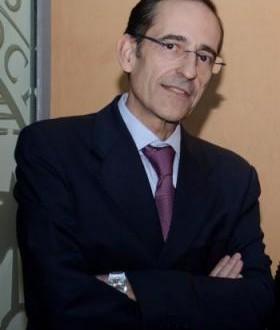 El Colegio de Abogados concede al magistrado Carlos Izquierdo Téllez el II premio Degà Miquel Frontera a la Etica Jurídica
