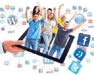 El ICAB analiza con estudiantes de ESO el uso de las redes sociales para evitar que se cometan faltas y delitos