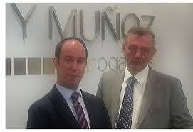 Santiago Muñoz, socio de Chávarri & Muñoz, sale de la firma y funda su propio bufete
