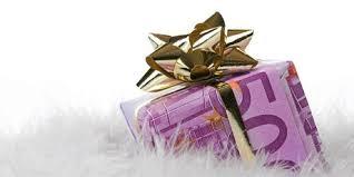 Los funcionarios cobrarán este mes el 25% de la paga extra de 2012