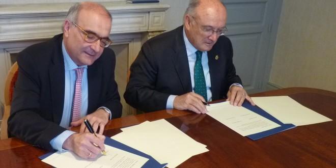 La Abogacía y el Centro de Estudios Políticos y Constitucionales firman un protocolo para la mejora del ordenamiento jurídico nacional