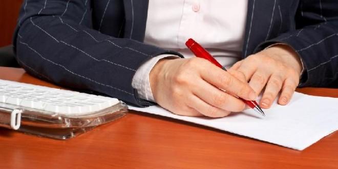 Qué debe figurar en un contrato sencillo