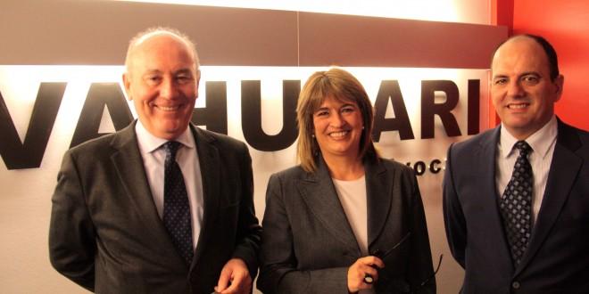 Hispajuris Tarragona incorpora tres nuevos profesionales para reforzar su servicio