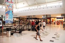 El TSJ de Cantabria anula el calendario de aperturas en domingos de dos supermercados