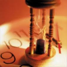 El plazo de prescripción para fijar una deuda tributaria es de 5 años, transcurrido el mismo sin actividad de la Administración conduce a la extinción de la deuda
