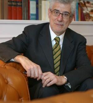 Juan José López Burniol ficha por Cuatrecasas, Gonçalves Pereira