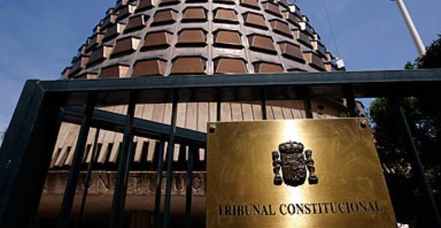 El TC confirma que el control jurisdiccional de la declaración del estado de alarma le corresponde por ser el decreto que la declara equiparable a una Ley