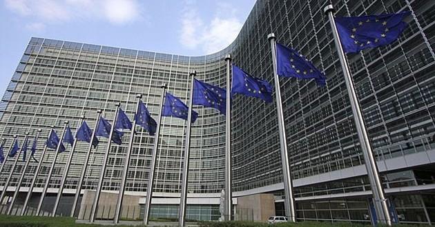 Las normas de la UE en materia de remuneración de las entidades de crédito y las empresas de inversión funcionan, pero debe aclararse el principio de proporcionalidad