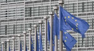 comision europea banderas UE
