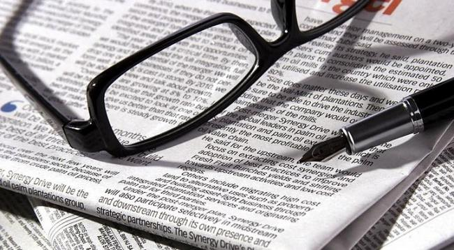 libertad de prensa periodico gafas