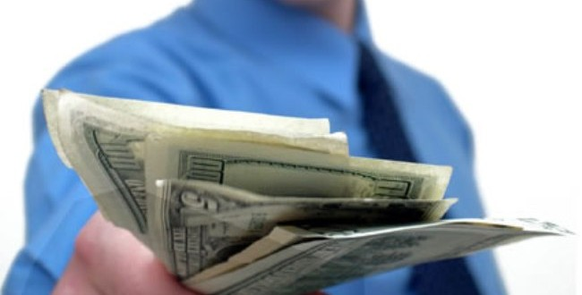 El pago de anticipos en el aprovechamiento por turno de bienes inmuebles es nulo de pleno derecho
