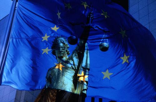 Encadenar nombramientos temporales para atender necesidades permanentes es contrario al Derecho de la UE