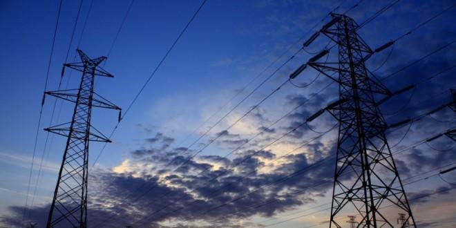 El Supremo señala que la comercializadora de energía eléctrica también es responsable civil por incumplimiento
