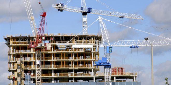 La banca española deberá devolver millones a compradores de viviendas sobre plano que no llegaron a construcción