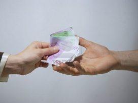 El Gobierno aprueba limitar a 1.000 euros los pagos en efectivo
