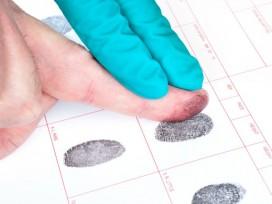 Denegación de permiso de residencia por causa de antecedentes penales