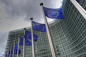 Europa llama la atención a España por las tarifas de los procuradores