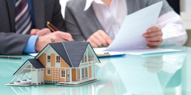 Los notarios proponen informar al cliente en el momento anterior a la firma de la hipoteca