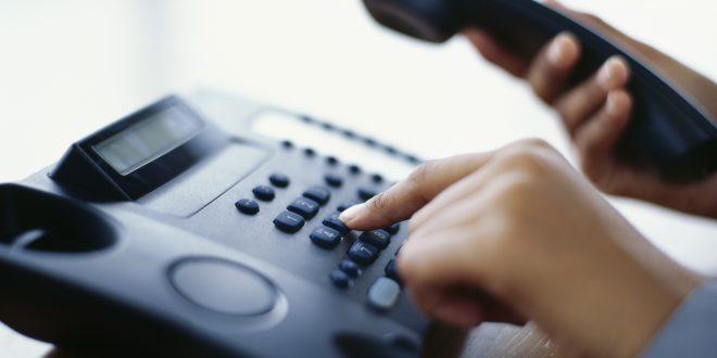 Se declara nula la clausula de una compañía telefónica que convierte un servicio gratuito en uno de pago