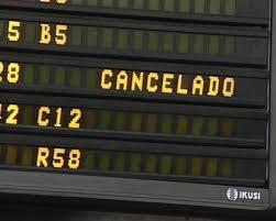 El transportista aéreo debe advertir de la cancelación del vuelo con 2 semanas de antelación, sino deberá compensar al pasajero
