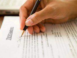 Condenan a un abogado por prometer a clientes extranjeros permisos de residencia a través de contratos falsos