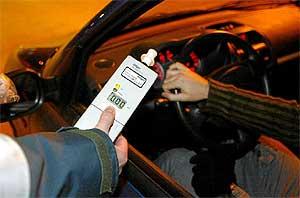 Delito contra la seguridad del tráfico. Conducción bajo los efectos del alcohol sin respetar señalización
