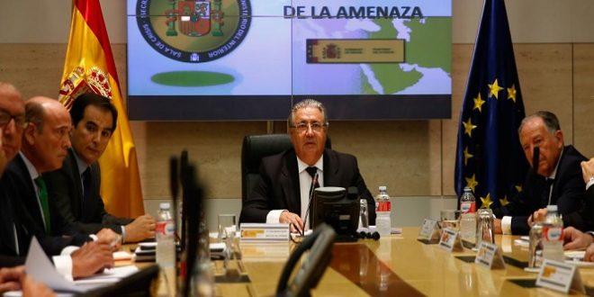 """Juan Ignacio Zoido: """"Reforzaremos los dispositivos previstos en el nivel 4, orientando los esfuerzos a zonas y eventos concretos, con especial atención a emplazamientos turísticos"""""""