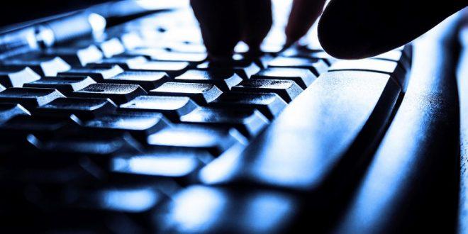El Ministerio de Justicia denuncia al joven que les notifica su error en LexNET