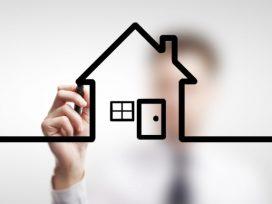 No puede tener condición de consumidor quien actúa como profesional del mercado inmobiliario