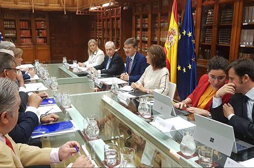 El Ministro de Justicia aborda con abogados, procuradores y graduados sociales los desafíos del nuevo curso