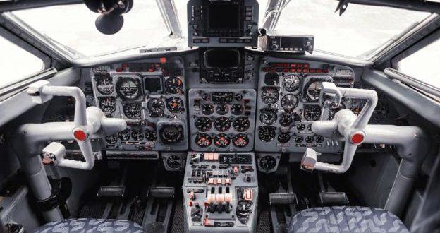 La prohibición de pilotar aviones a pilotos mayores de 65 años no es discriminatoria
