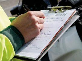 Conducir sin haber obtenido el carnet es delito y no infracción administrativa