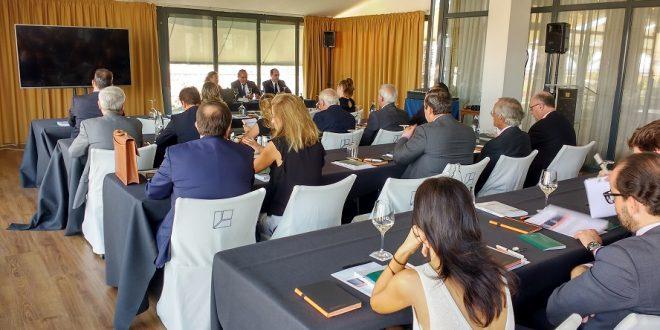 La regularización de los delitos fiscales, a debate en el ciclo de conferencias de Garrido Abogados