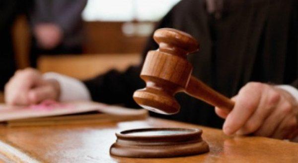 Es competencia del Tribunal del Jurado cuando se imputan varios delitos a un mismo acusado