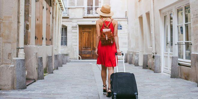 Las plataformas de alquiler turístico deberán informar a hacienda de propietarios y clientes