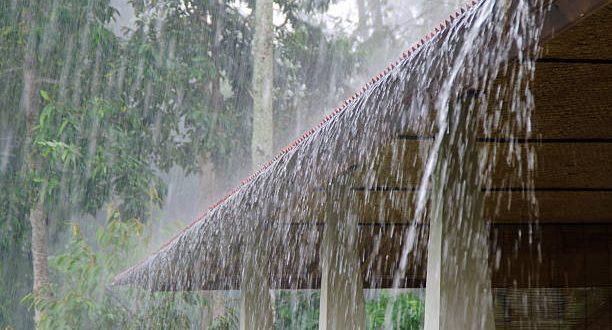 Indemnización de daños y perjuicios por responsabilidad extracontractual, debido a la filtración de aguas pluviales