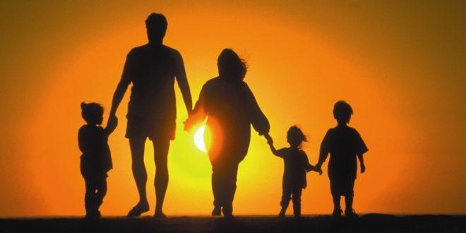 Se reconoce el derecho de los ciudadanos españoles a la reagrupación familiar de ciudadanos no comunitarios