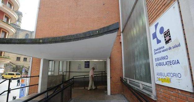Condenado un técnico del Servicio Vasco de Salud que adjudicó obras a cambio de viajes al extranjero