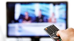 La publicidad dentro de programas de entretenimiento debe identificarse claramente y diferenciarse del contenido del programa por mecanismos acústicos y ópticos